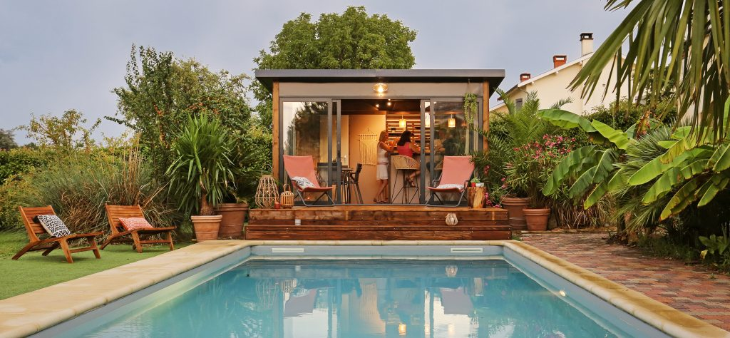 Pool house confortable